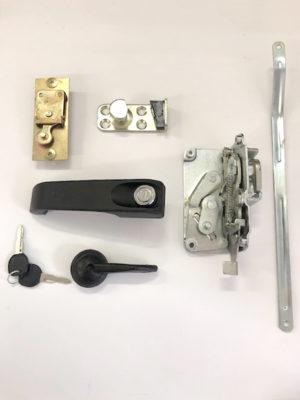 Door Lock Set – Right Hand Door – 600 E 728